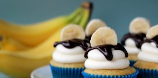 Banana Cupcakes with Chocoalte