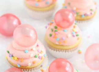 Bubble and Cute Little Stars Cupcake