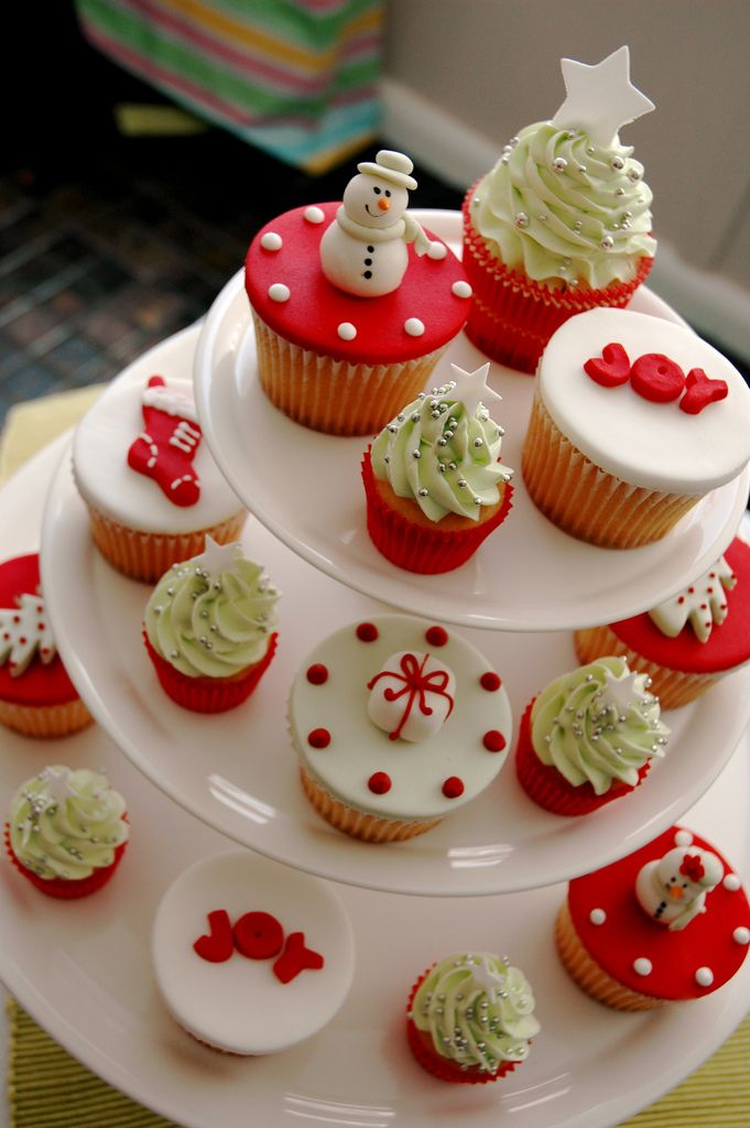 Perfect Christmas Party Cupcakes