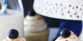 Yummy Blueberry and Almond Cupcakes