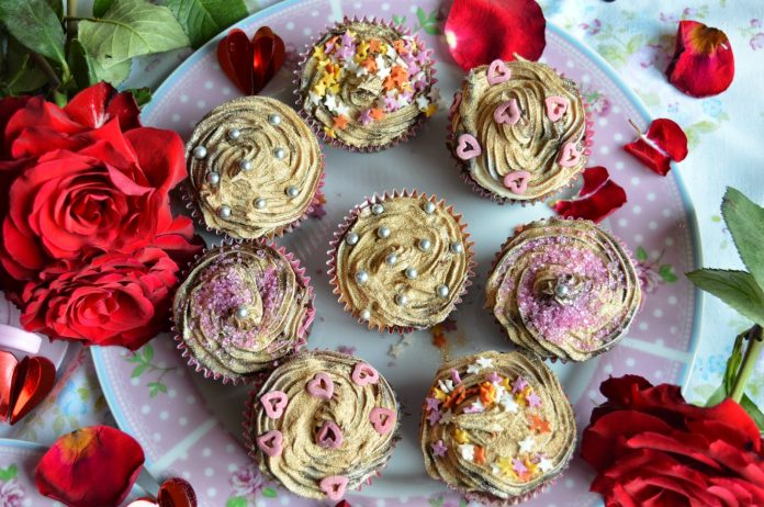 Shapes and Glitter Cupcakes