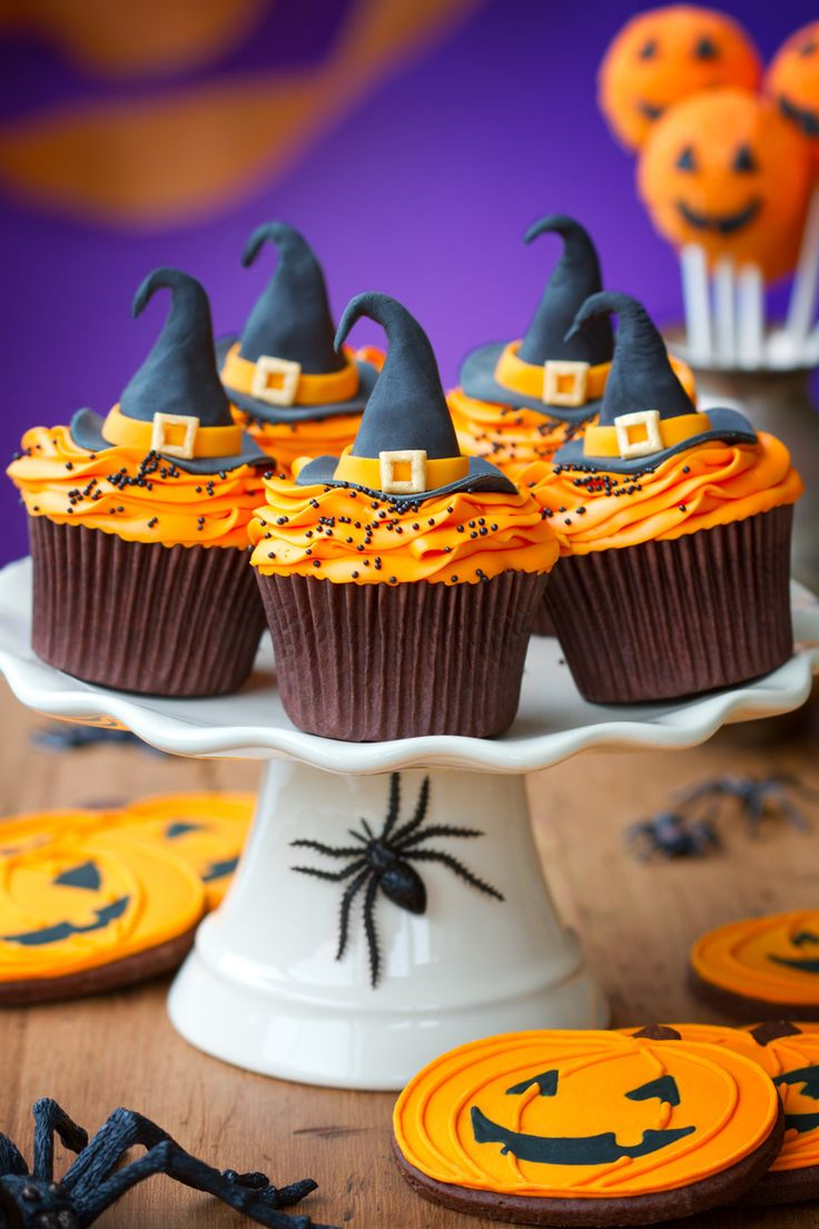Beautifully Decorated Witch Hat Cupcakes