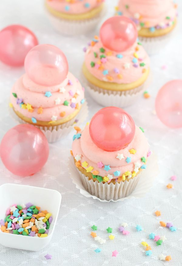 Bubble Gum Frosted Cupcakes