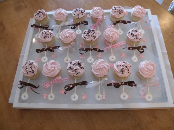 Rattle Baby Shower Cupcakes