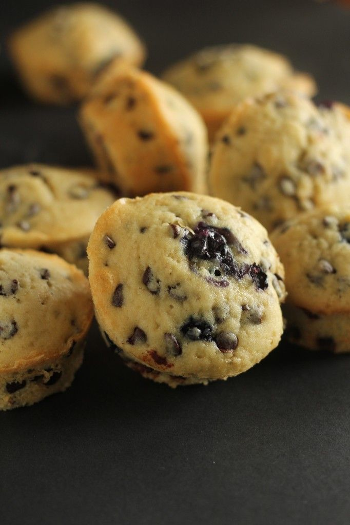 Yummy Blueberry Chocolate Chip Cupcakes