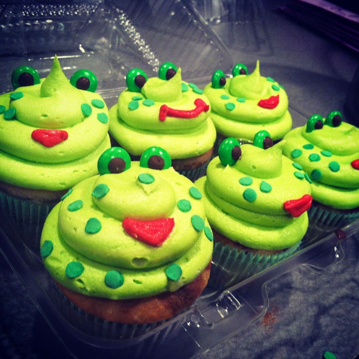 Yummy Frogs Cupcakes