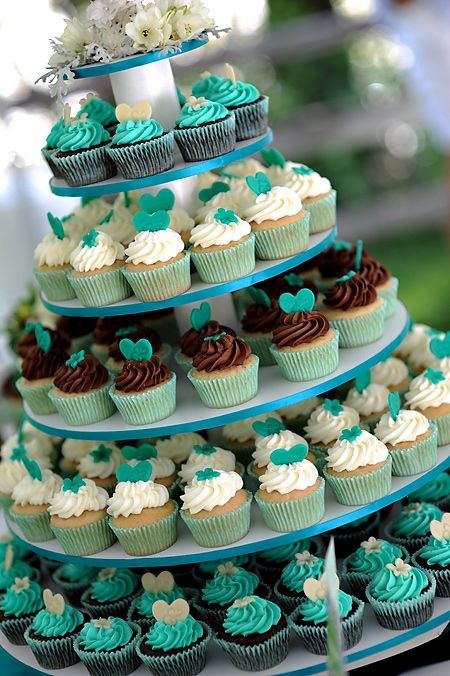 Lovely Colorful Wedding Cupcakes