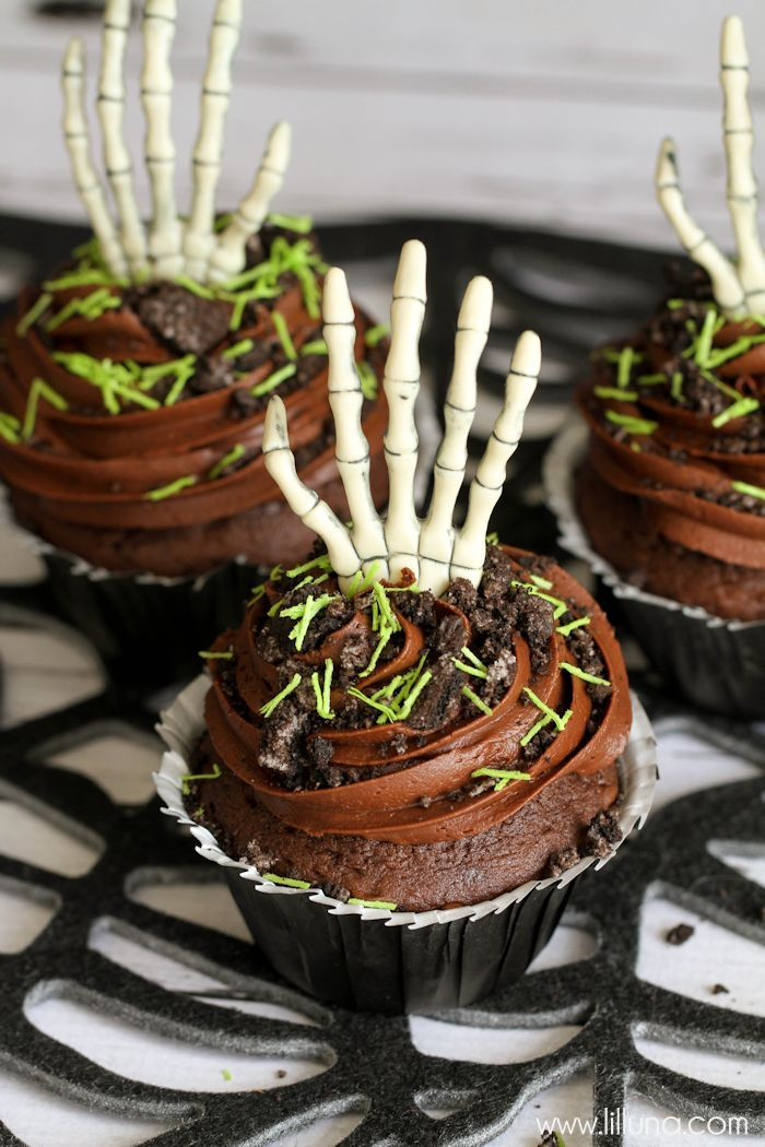 Rising From The Grave Cupcakes