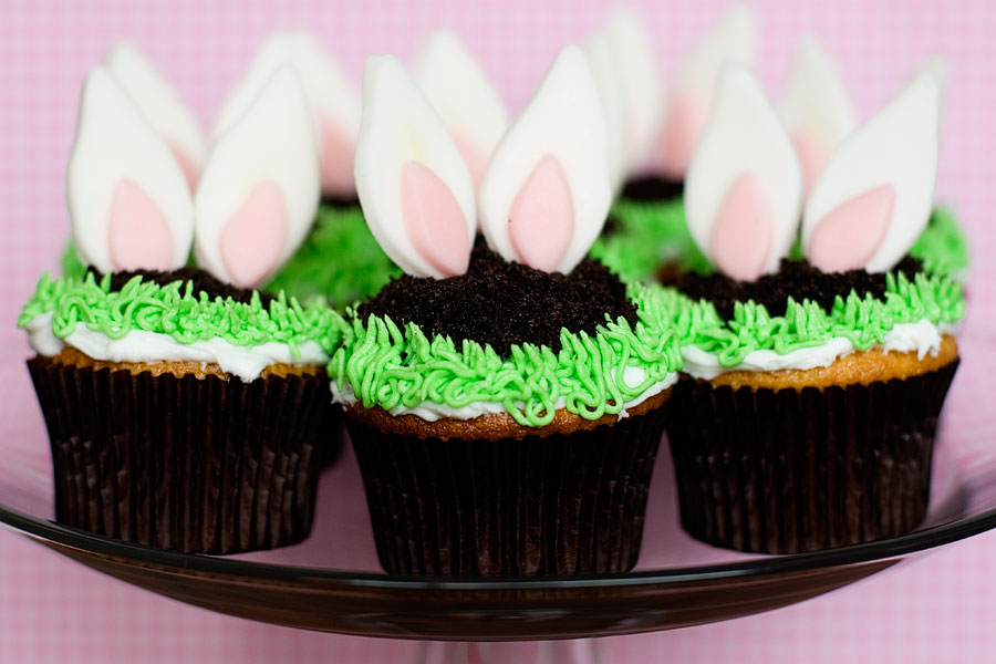 Sneaky Bunny Cupcakes