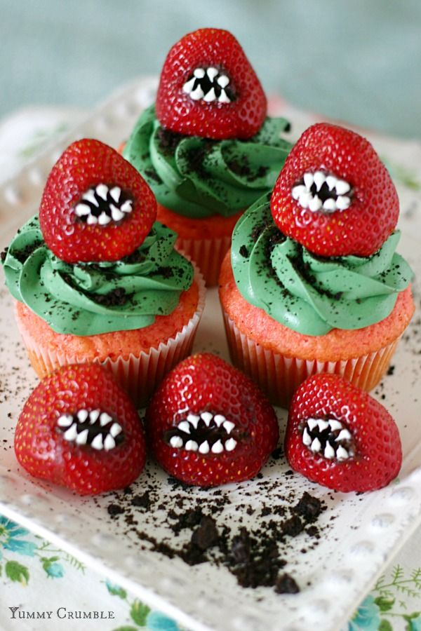 Spine Tingling Strawberry Cupcakes