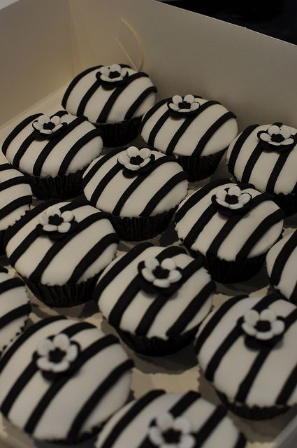 Cupcake with Black and White Stripes