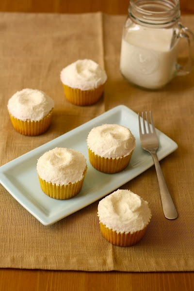 Healthy Coconut Pineapple Cupcakes