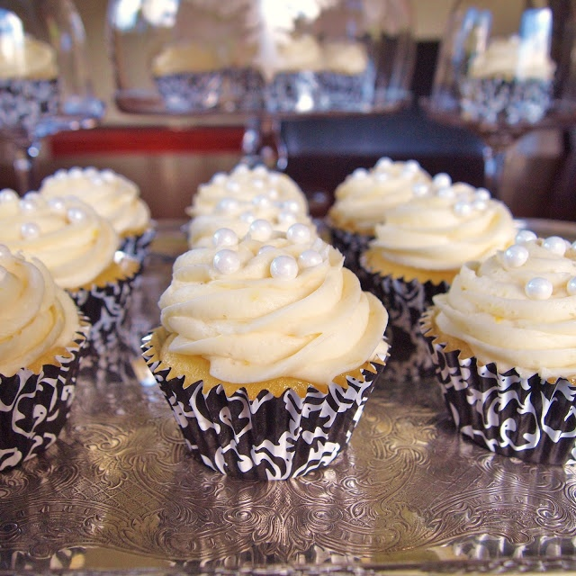 Lemon Cupcakes with Pearls