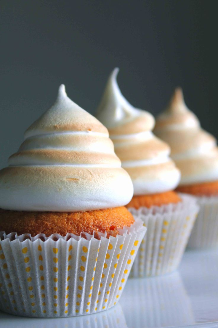 Marshmallow Frosted Caramel Cupcakes
