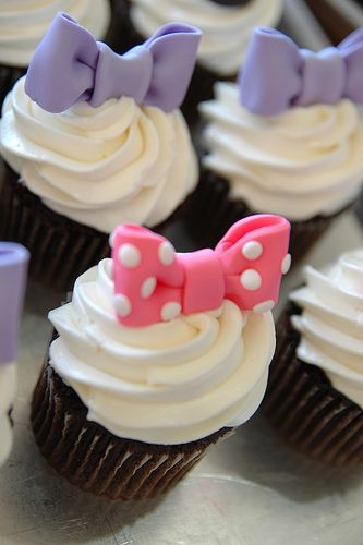 Pink and Blue Bow Cupcakes