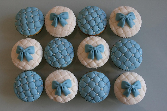 Quilted Blue Bow Cupcakes