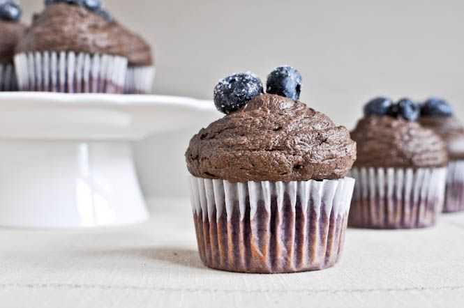 Roasted Blueberry Chocolate Cupcakes
