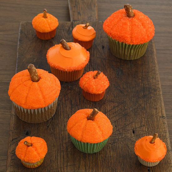 Small to Large Sized Pumpkin Cupcakes