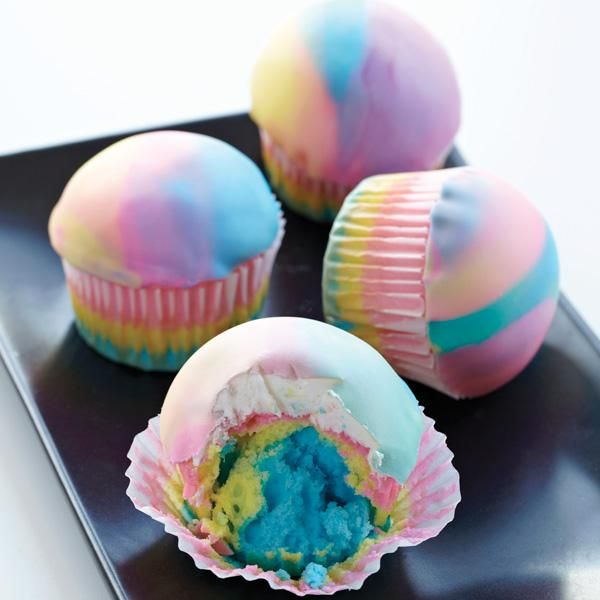 Tie Dye Colorful Cupcakes