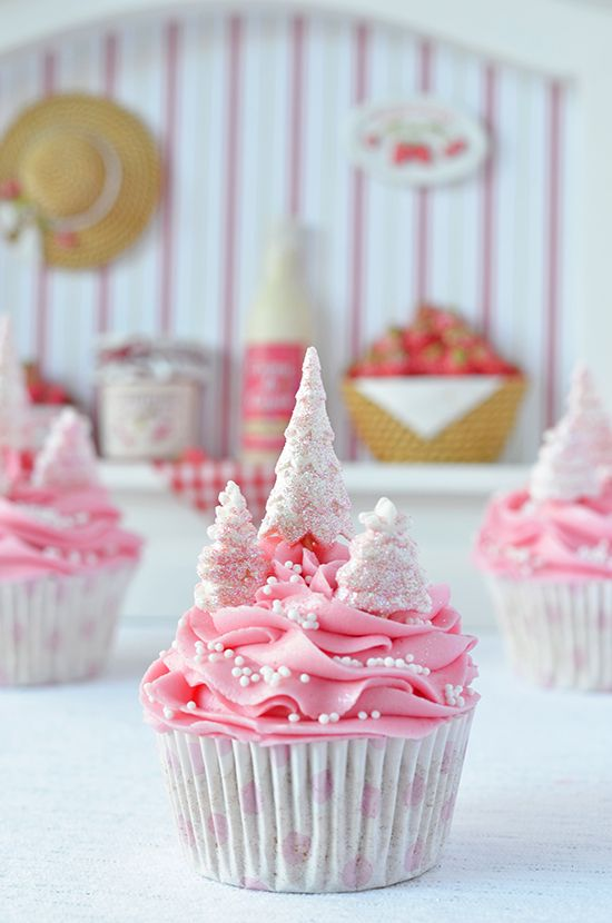 Lovely Pink Christmas Trees Cupcake