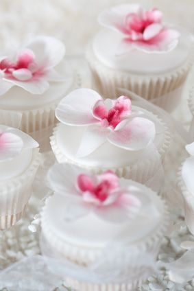 Pink And White Orchid Cupcakes