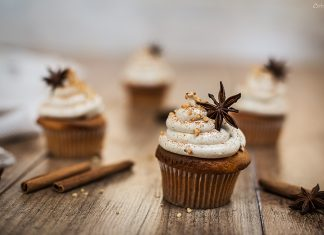 Chai Cupcakes Topped With Nuts