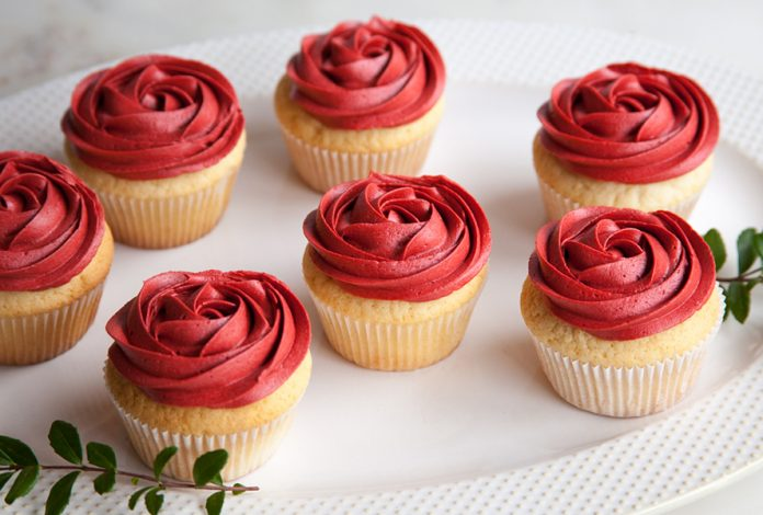 Classic Red Rose Cupcakes